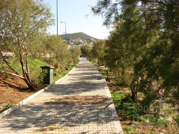 4 υπέροχα χιλιόμετρα για περπάτημα!
