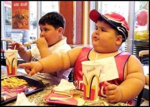 Εκθεση -σοκ για την παιδική παχυσαρκία στη χώρα μας: Ενα στα τρία ελληνόπουλα είναι υπέρβαρο